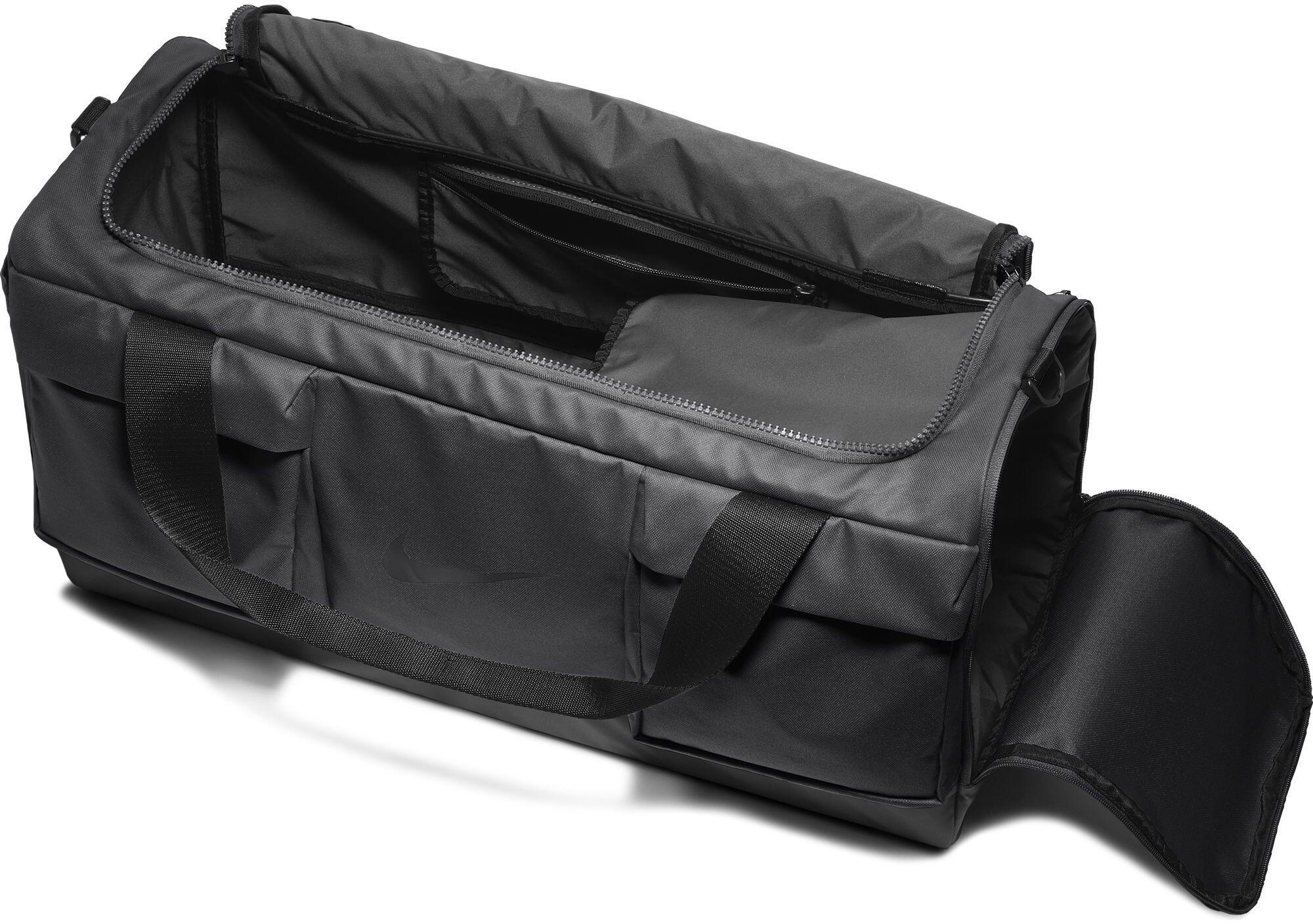 Nike Vapor Power - Sac de voyage - noir sur CAMPZ ! 0b0c8698c01b1
